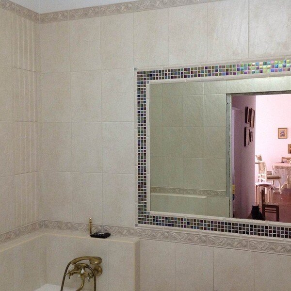 Обрамление зеркала мозаикой PE155 и PE116
